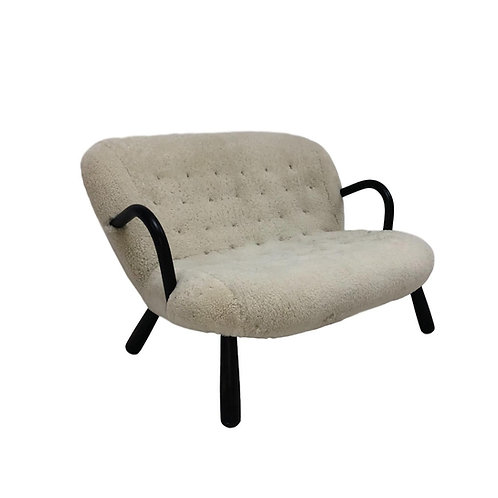 Styled Clam Settee