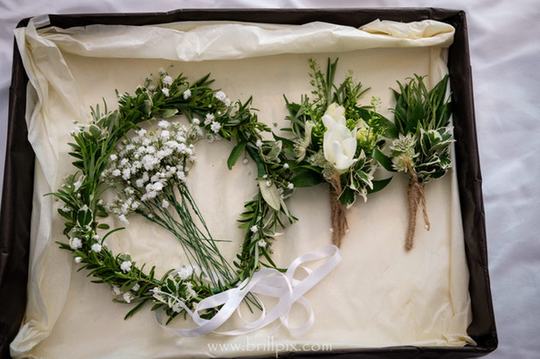 Hair Flowers and Buttonholes.jpg