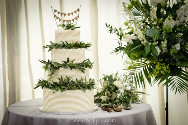 Cake with Bouquet.jpg
