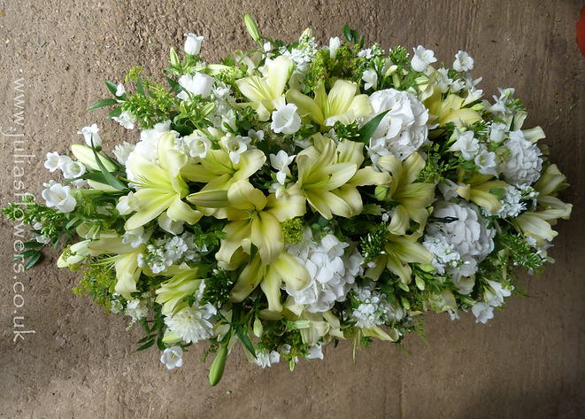 SP27 Pale Yellow Lily and Hydrangea Coff