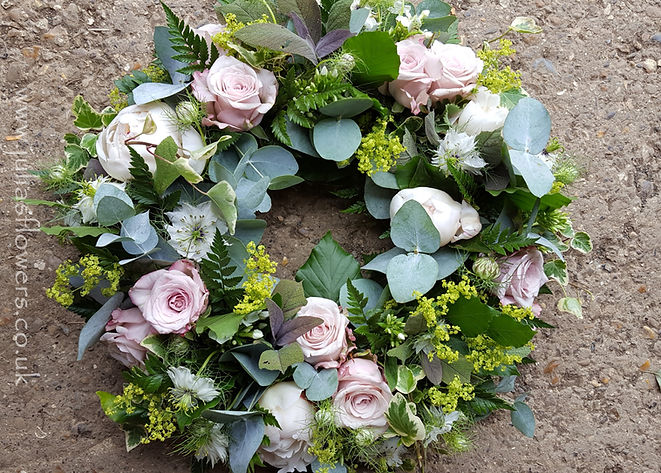 WR19 Pink and Green Natural Wreath_edite