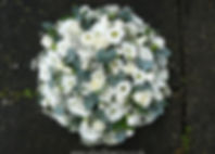 PO6 Medium White and Green posy pad.JPG