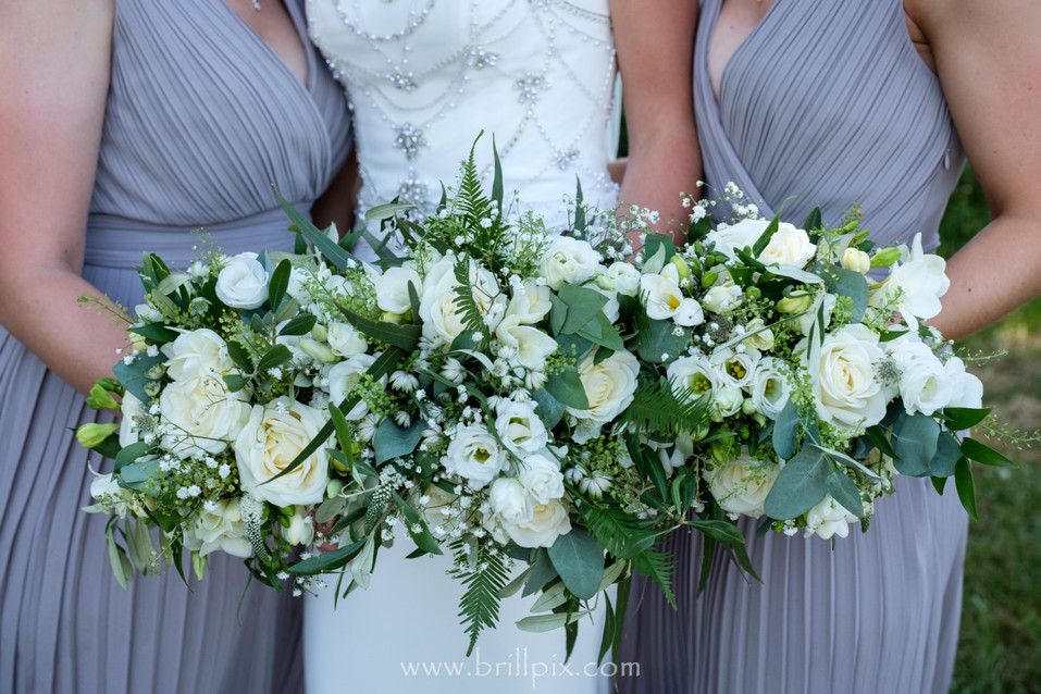 Bride and Maids Bouquets.jpg
