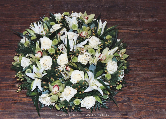 PO10 Large posy Pad with Lilies, Roses a