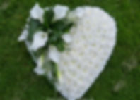 HE6_Based_Heart_Pad_with_Calla_Spray_£80