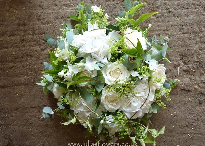 PO4 Small Posy with Roses and Hydrangea