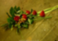 SH1 Small Red Rose Sheaf.jpg