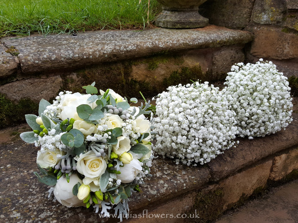 Brides & Maids Bouquets.jpg