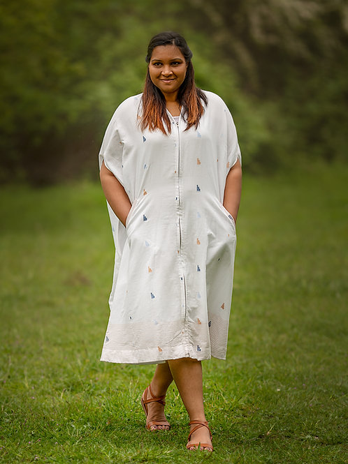 White summer dress with dainty details - one size