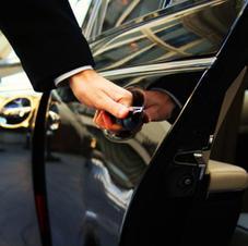 Taxa, limosine og bus kørsel