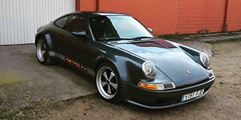 This Porsche 996 Has a Retro Body Kit and We're Not Sure if We Like It