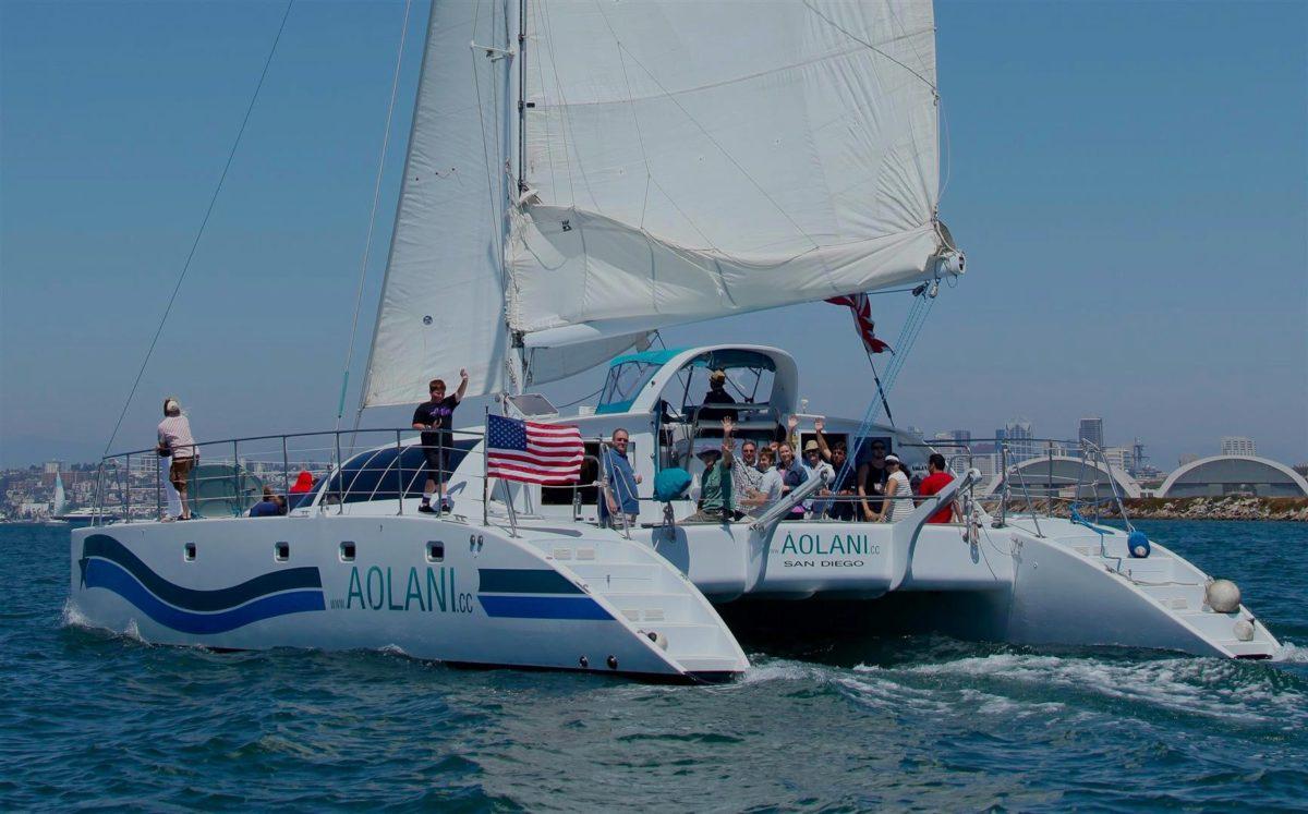 Aolani-Catamaran-SailingOver-e1490230223360