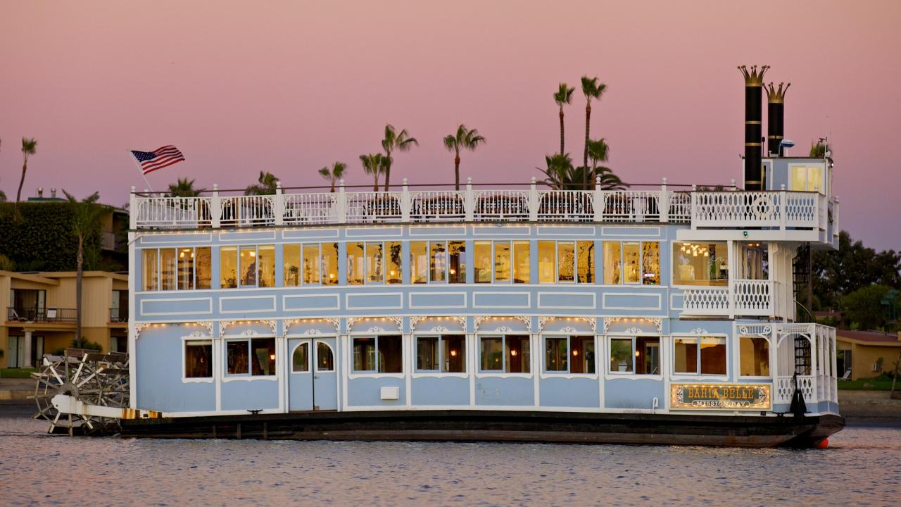 xl-usa-california-san_diego-catamaran-sternwheelers-bahia_belle_cruise-boat-twilight