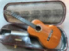 Victoriano Santos guitar.jpg