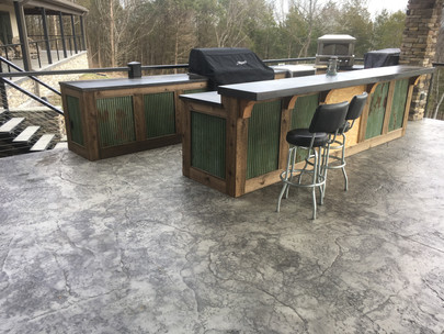 Large Outdoor Entertaining Area