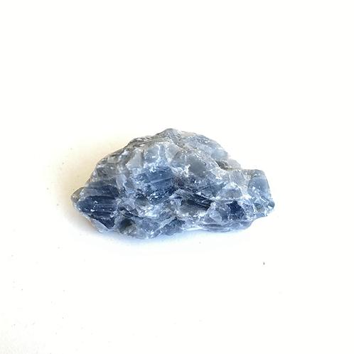 Calcita azul bruta