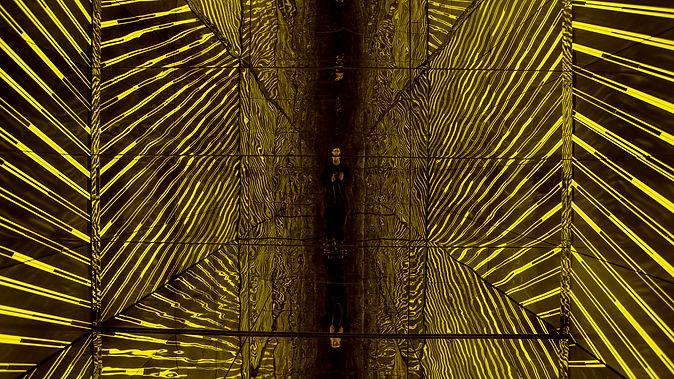 infinity mirror.jpg