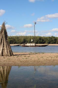 Découvrez la marine de Loire et l'histoire de la ville pendant vos vacances à Montjean sur Loire.