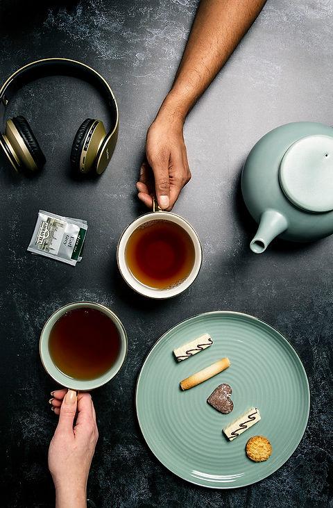 1330 Ahmad Tea Classic & Contemporary.jp