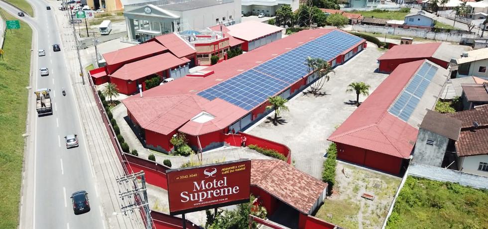 Usina fotovoltaica - Motel Supreme