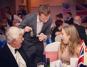Andrew Kelly Magician - Close Up Magic - Corporate Entertainment Ideas London