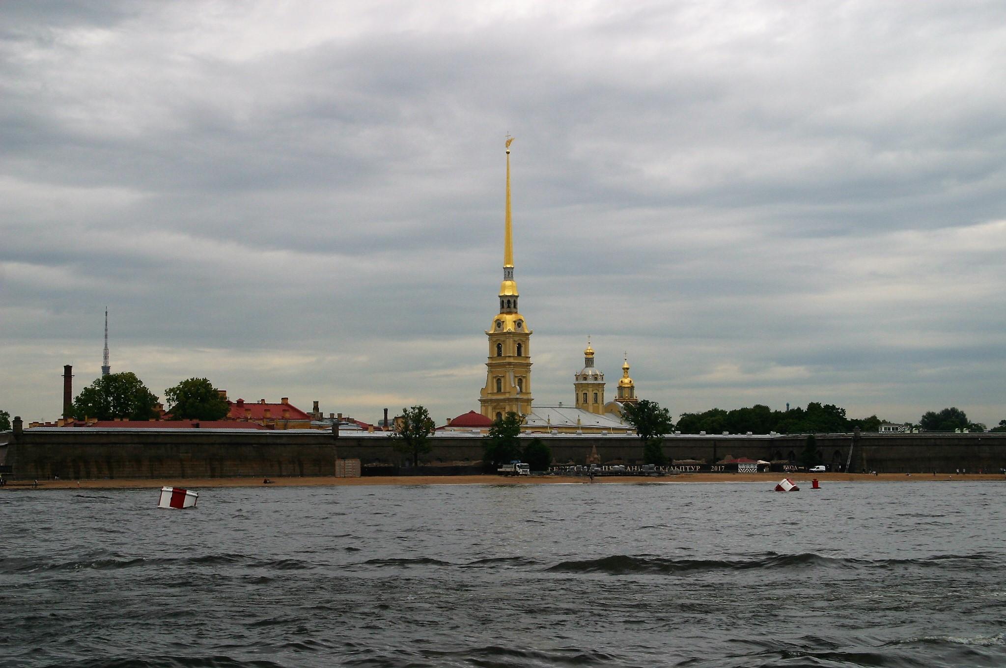 Neva River loop