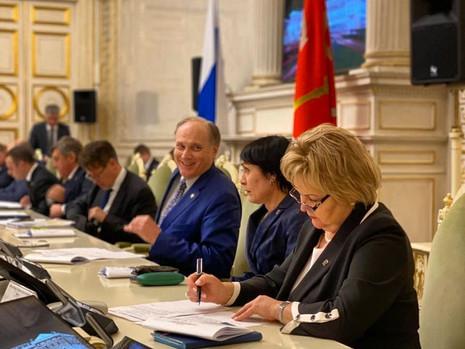 Заседание комитета по законодательству, 18 марта