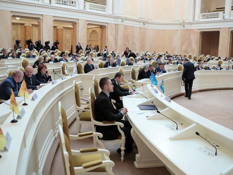 Отчет пресс-службы о заседании Законодательного Собрания СПб 18 марта 2020 года