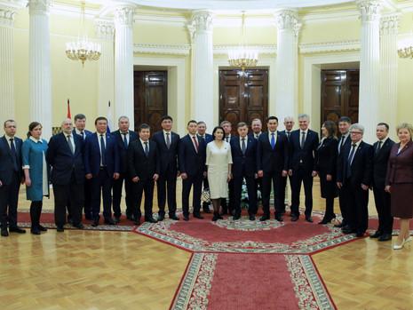 Подписан Меморандум о взаимопонимании между петербургским парламентом и Бишкекским городским кенешем
