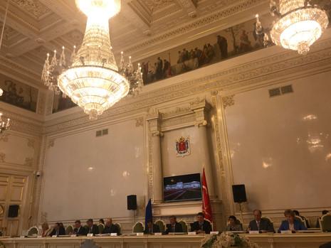 Состоялось заседание комитета по законодательству.