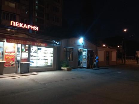 Активисты выявили торговлю алкоголем сомнительного качества на Цимлянской улице