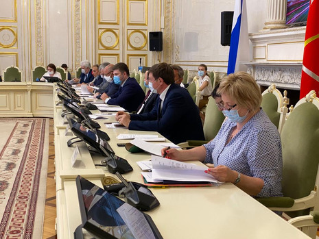 Заседаниекомитета по законодательству, 18 июня