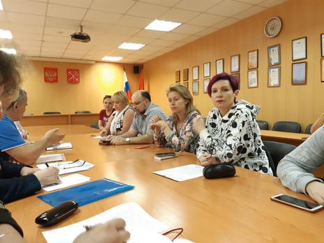 Сергеева В.В. встретилась с инициативной группой жителей МО Финляндский округ
