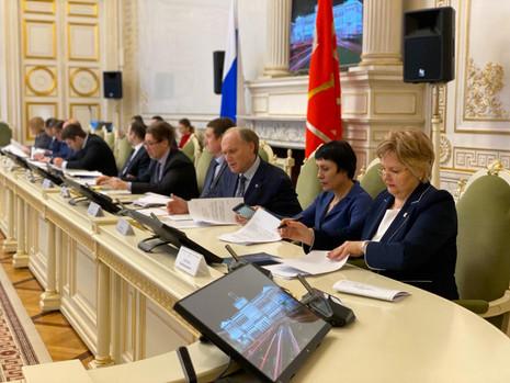 Заседаниекомитета по законодательству, 24 апреля