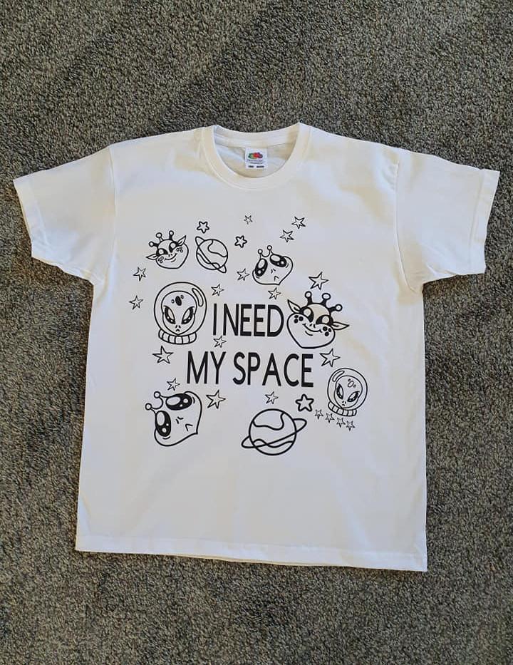 T/shirt to colour