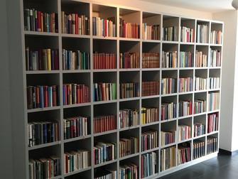 Libreria, porte e copri climatizzatore
