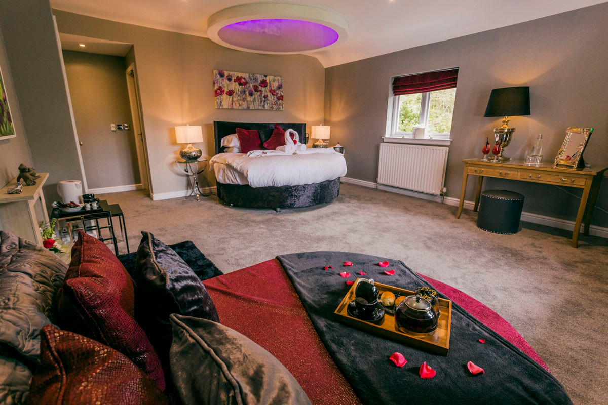 Acacia - Bedroom 01.jpg