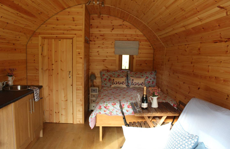 Pod with Hot tub bedroom.jpg