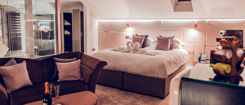 The Penthouse Suite - Bedroom 05.jpg