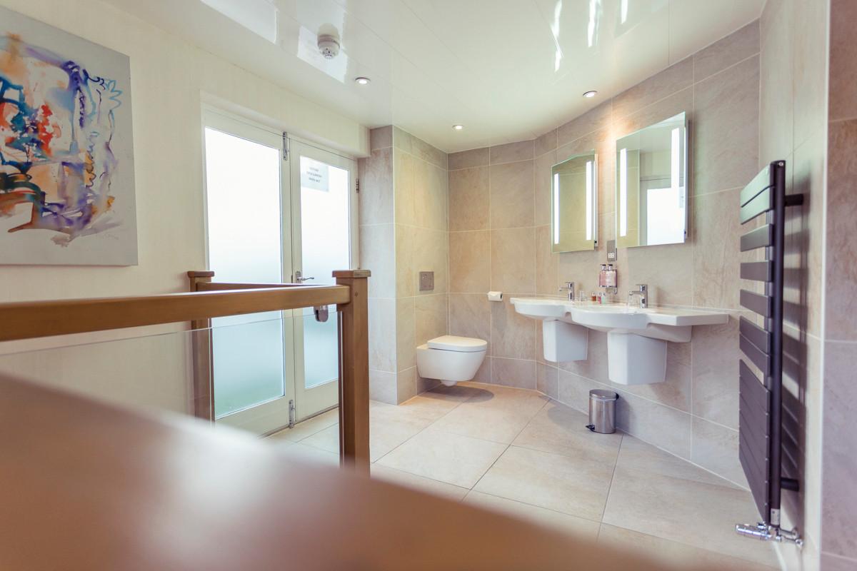 Love Haven - Bathroom 02.jpg