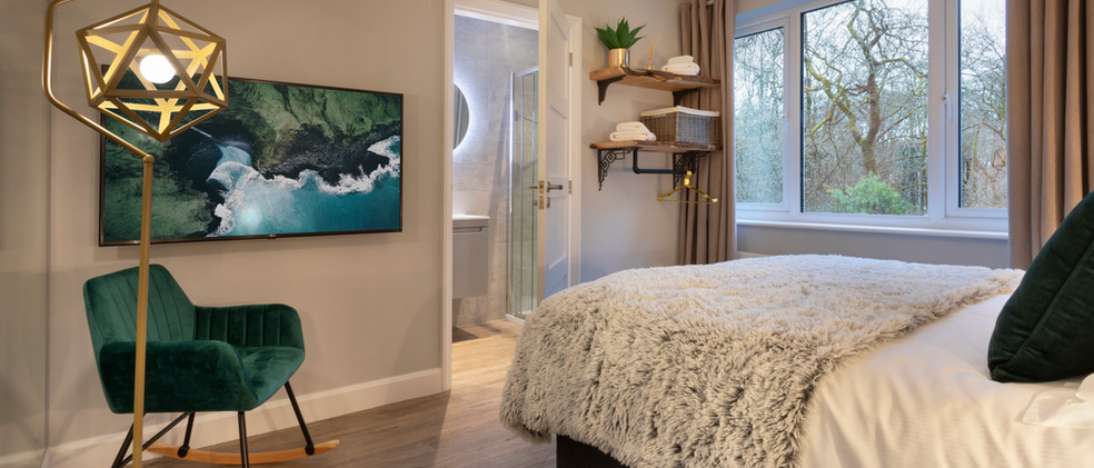 Woodlands - 1st Downstairs Master Bedroom - 04 .jpg