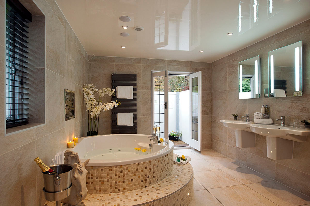 Acacia  - Bathroom 02.jpg