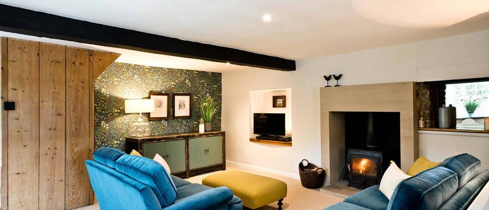 Holborn Cottage lounge 02.jpg