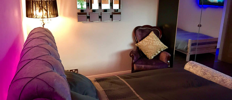 GRACEWAY bedroom 01.jpg