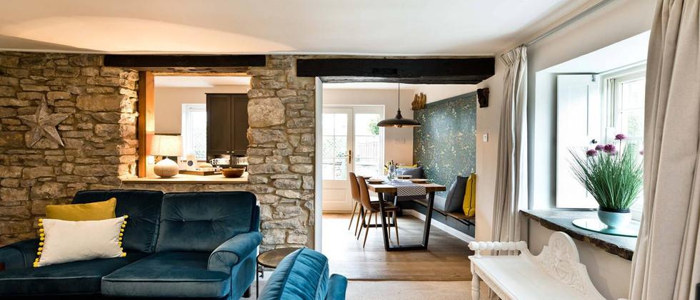 Holborn Cottage lounge 01.jpg