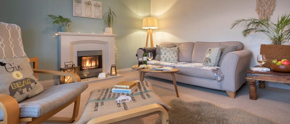 Hill crest - Living Room 03.jpg