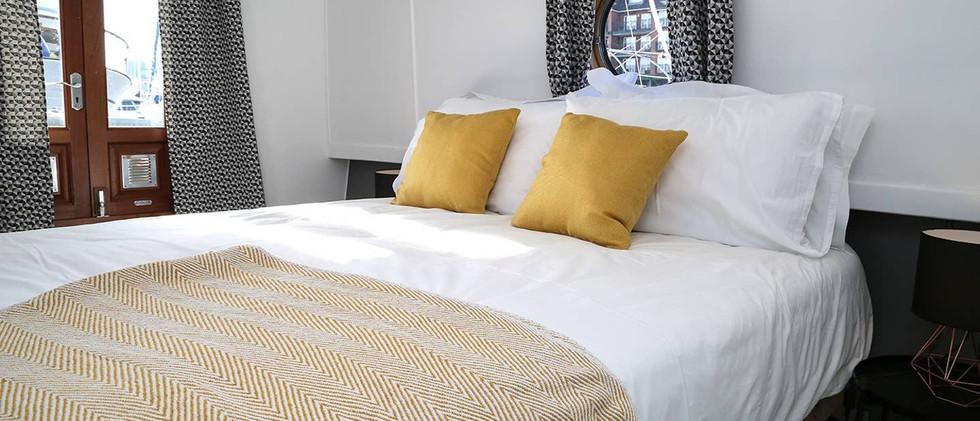 Liverpool Marina bedroom 01.jpg