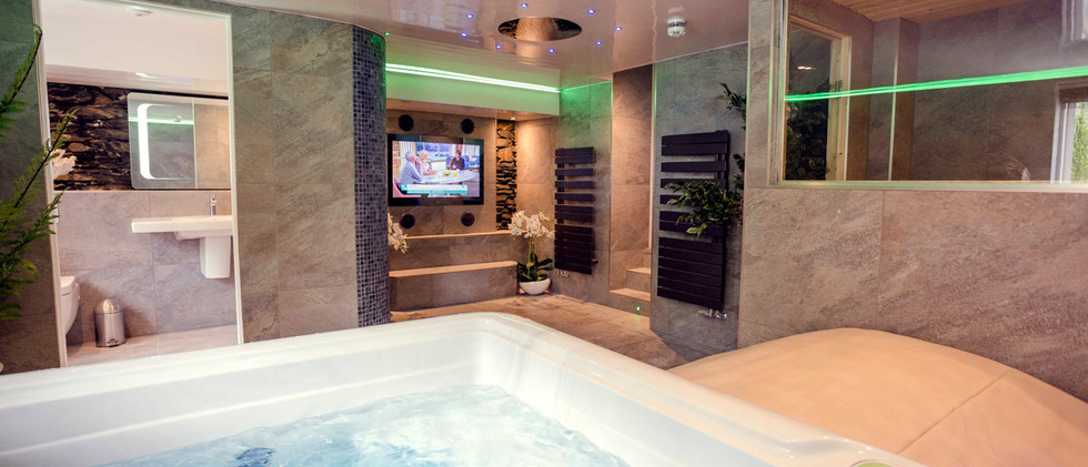 The Bowness Spa Suite - Spa 04.jpg