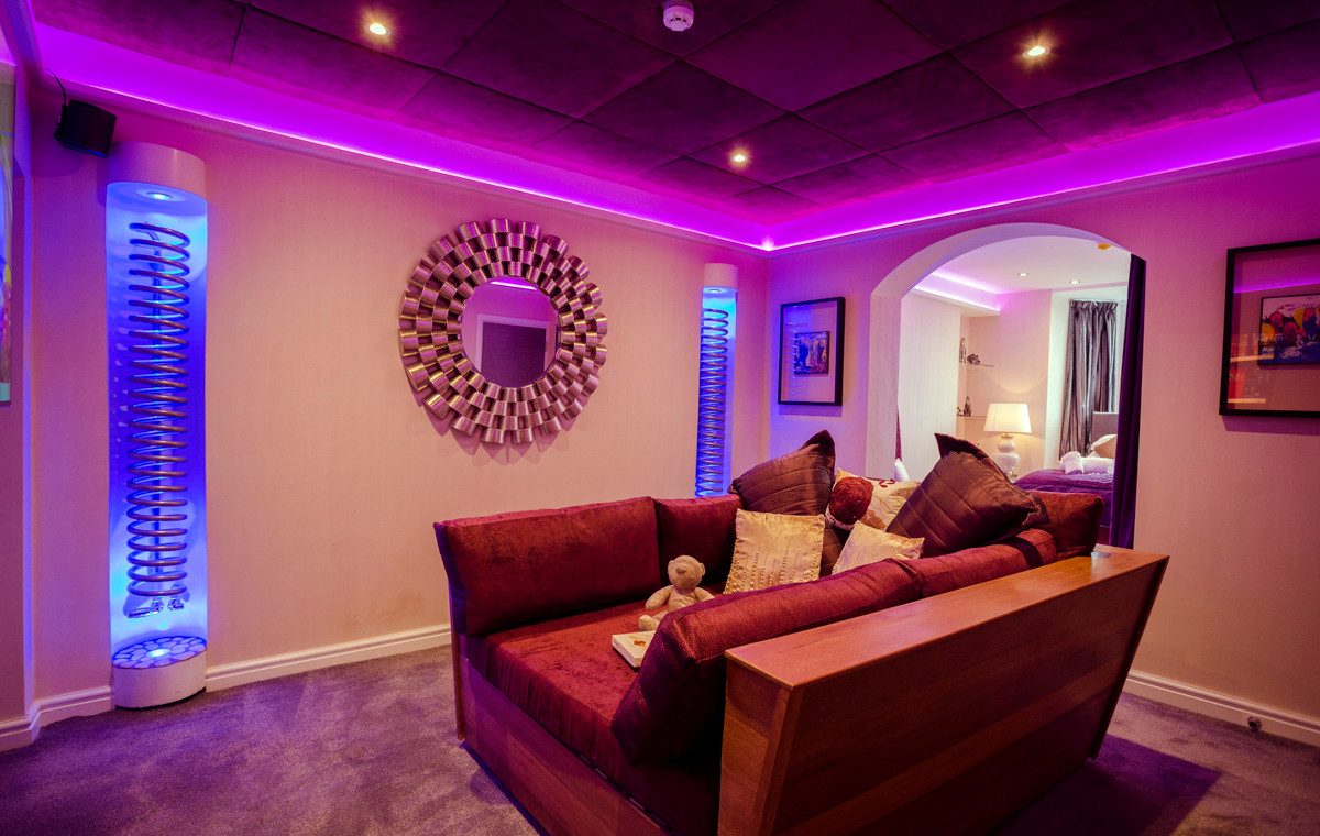 The Windermere Spa Suite - Cinema 03.jpg