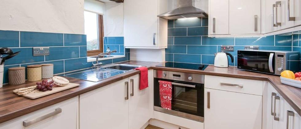 Gill Cottage-kitchen.jpg